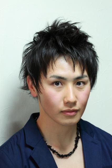 黒髪 ショート 高校生髪型